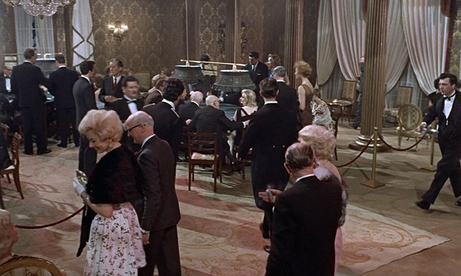 45 фактов про первый фильм о Джеймс Бонде (19 фото)