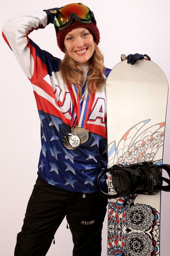 История успеха американской сноубордистки (16 фото)