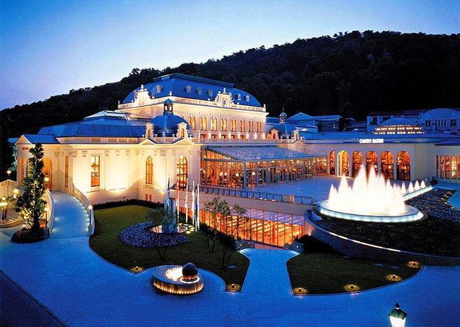 10 самых роскошных казино мира (25 фото)