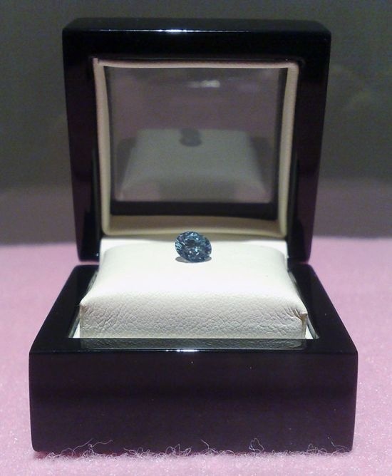 Бриллианты из праха (6 фото)