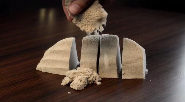 Кинетический песок (1 фото + 1 видео)