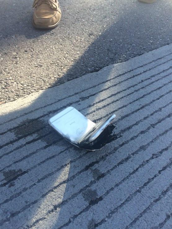 Iphone 6 загорелся в кармане владельца (3 фото)