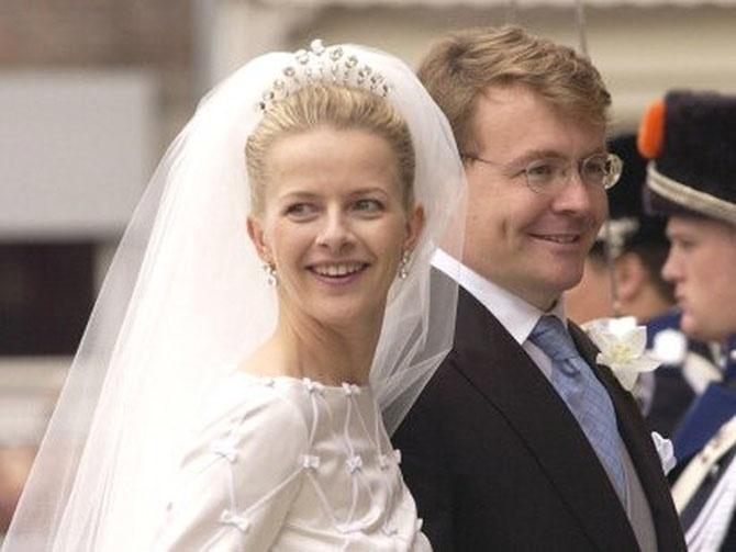 Обычные люди, вступившие в брак с королевскими особами (26 фото)