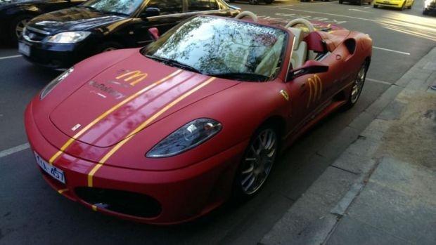 McDonald's доставляет еду на Ferrari и Lamborghini (4 фото + 1 видео)