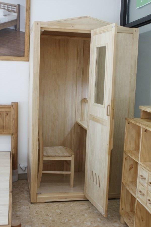 Уединенные кабинки для студентов (8 фото)