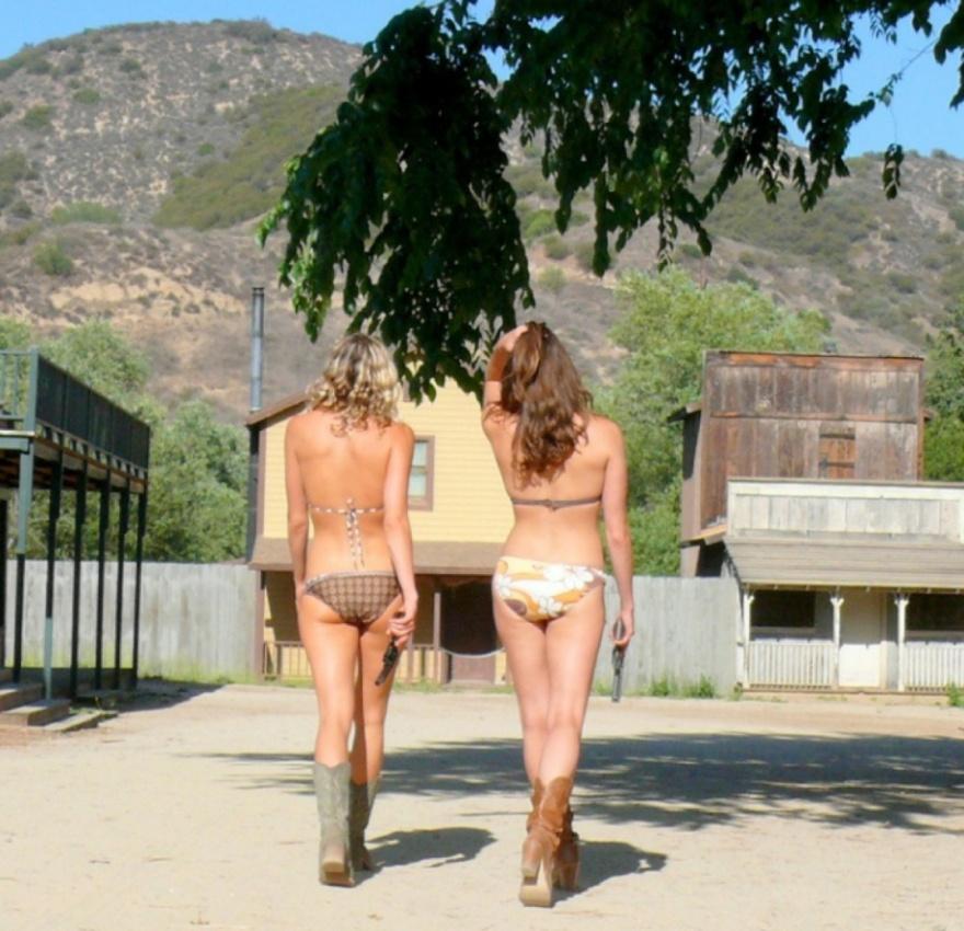 Сногсшибательные девушки-ковбои (22 фото)
