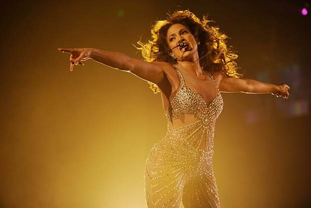 Самые высокооплачиваемые певицы — 2014 (10 фото)