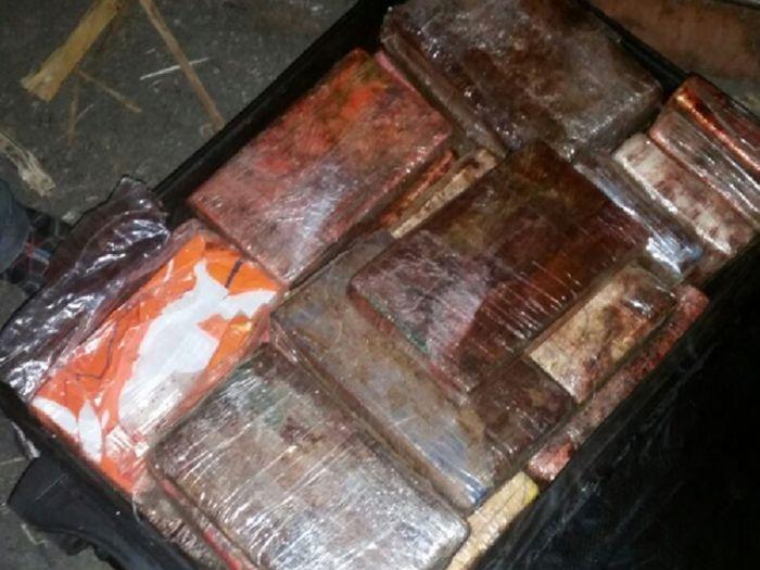 В израильском порту обнаружили кокаин на сумму 18 379 489$ (4 фото)