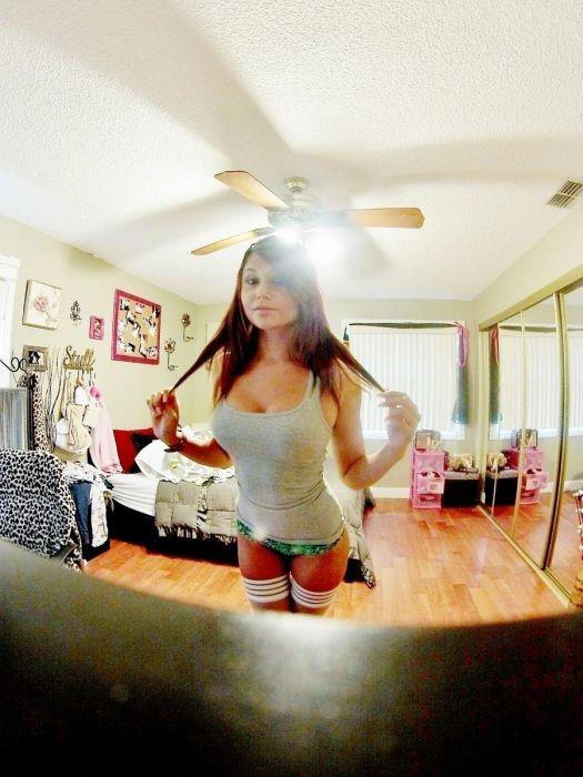 Как выглядят актрисы из порнофильмов в обычной жизни (40 фото)