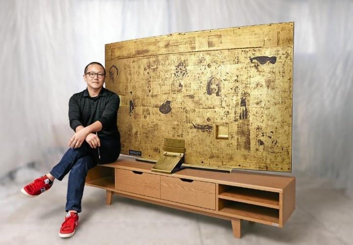 Золотой телевизор от Samsung (5 фото)
