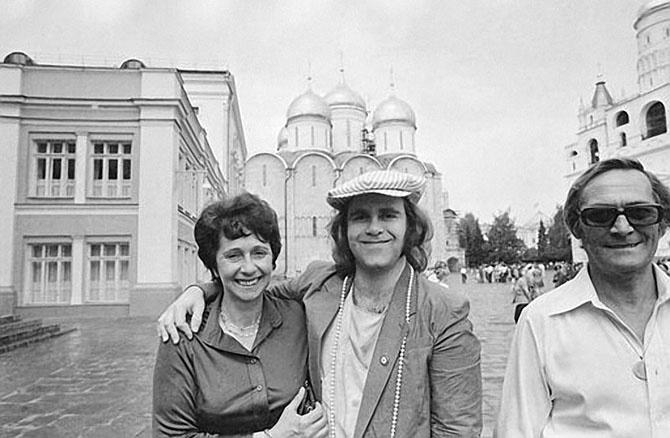 Элтон Джон в СССР (24 фото + 1 видео)