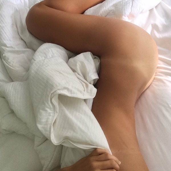 Зачем вылезать из кровати? (20 фото)