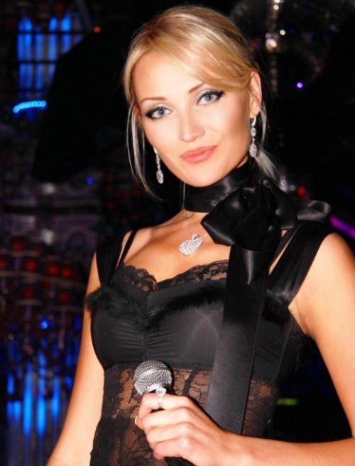 Белоруска Марина Алексейчик завоевала титул «Миссис Мира-2014» (8 фото + 1 видео)