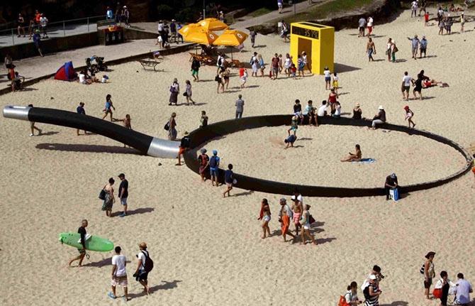 Искусство в общественных местах (16 фото)