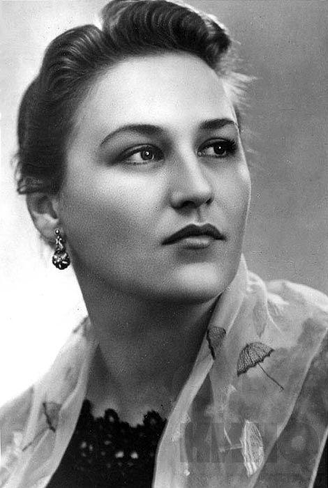 Творческий путь известной актрисы Нонны Мордюковой (17 фото)