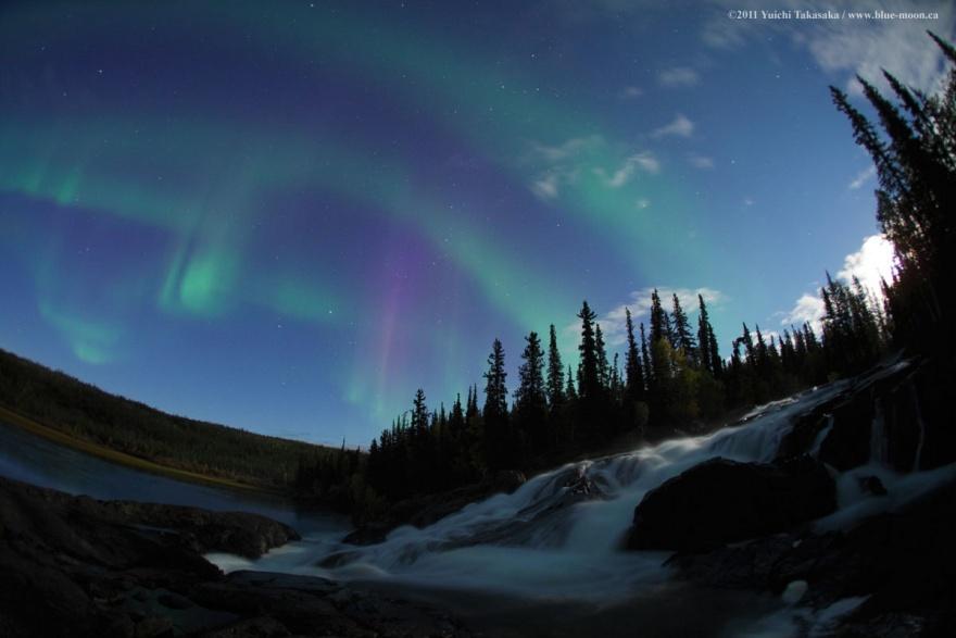 Удивительные уголки природы, которые светятся ночью (32 фото)