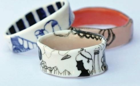Оригинальные украшения из фарфоровых чашек (13 фото)