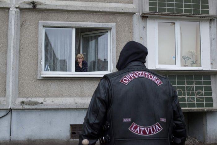 Латвия: борьба со спайсом по-рижски (21 фото)