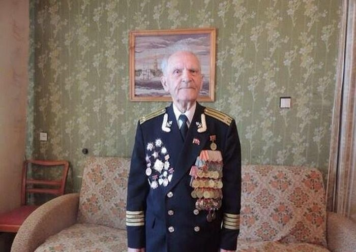 Николай Беляев - единственный живой герой, штурмовавший Рейхстаг во Вторую Мировую войну (4 фото)