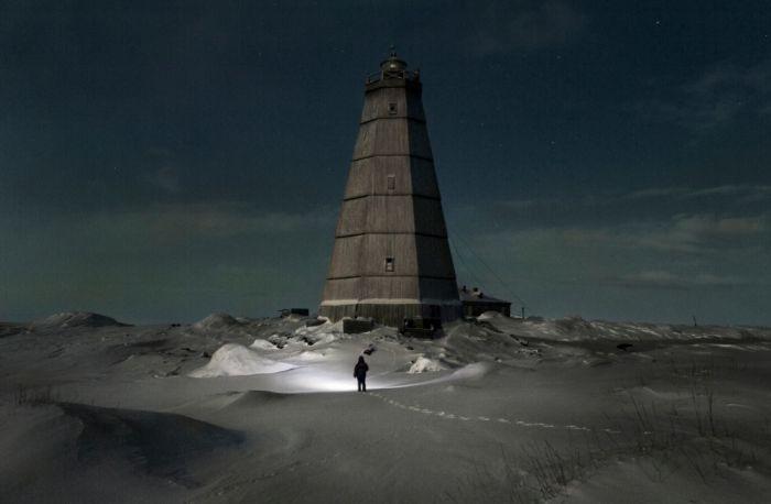 Одиночество полярника Вячеслава Короткого (11 фото)