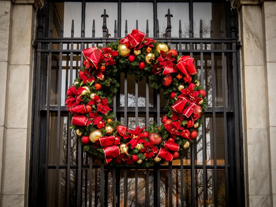 Рейтинг рождественских атрибутов (12 фото)