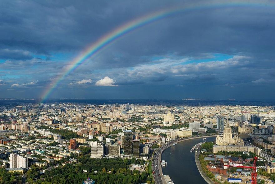 20 самых популярных мест для чекинов в Москве (21 фото)