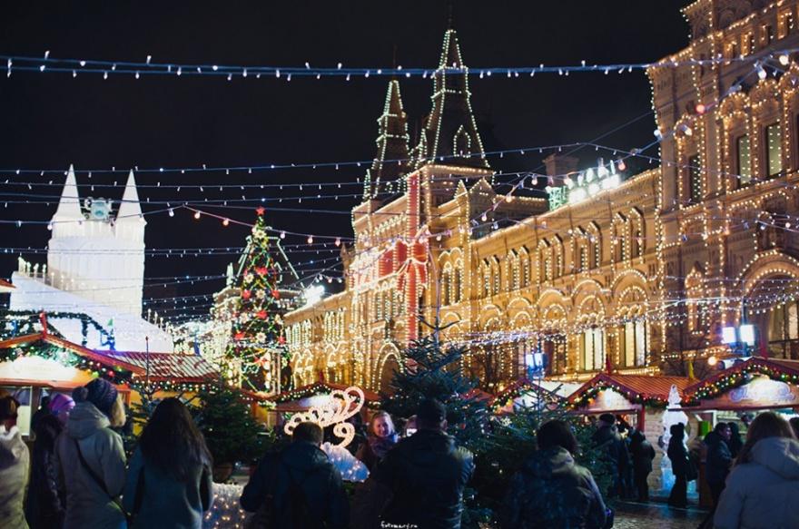 Сказочные города, которые готовы ко встрече Нового года (20 фото)