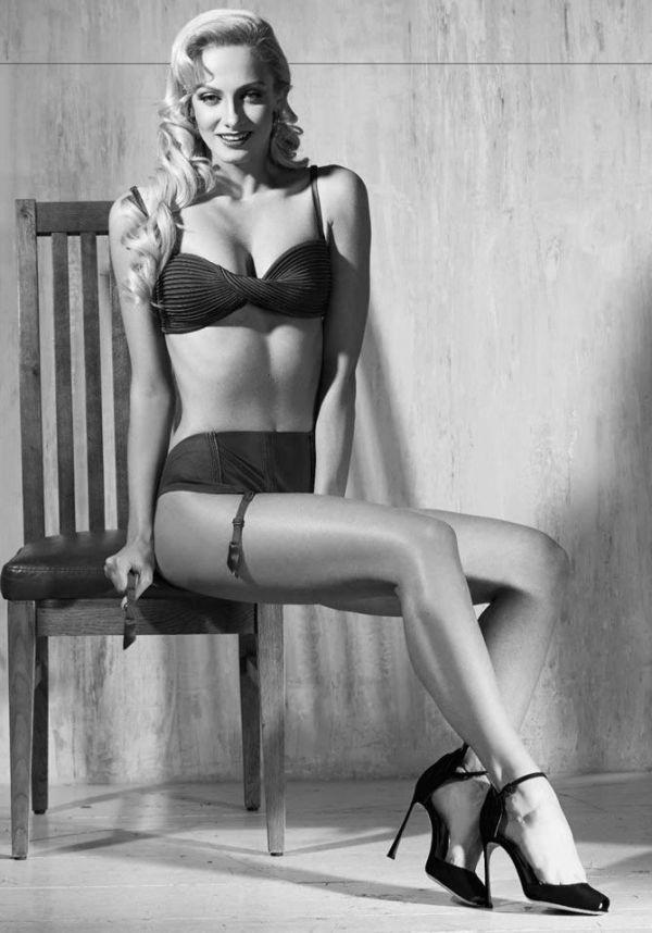 Фотосессия Полины Максимовой, Лёли из сериала «Деффчонки», для журнала Maxim (7 фото)