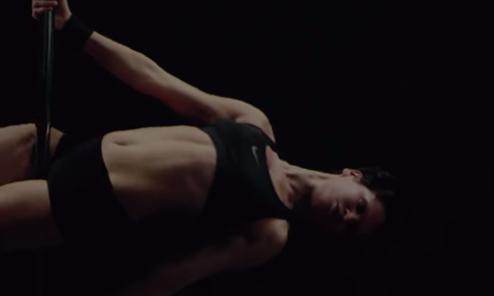 Когда Pole Dance — действительно спорт (1 фото + 1 видео)
