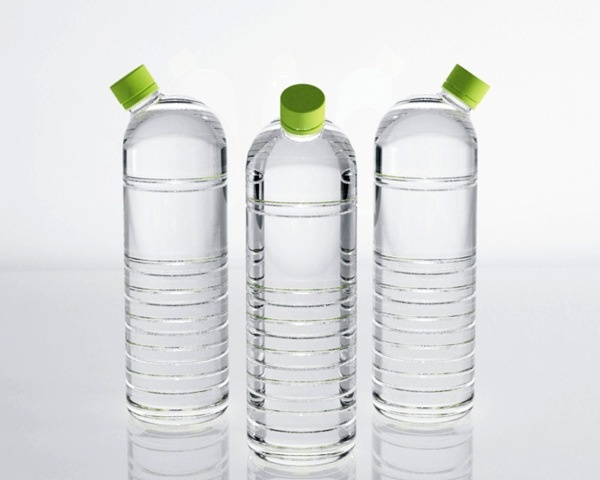 Зачем бутылке сместили горлышко (4 картинки)
