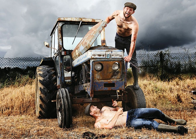 Фермеры разделись для календаря (11 фото)