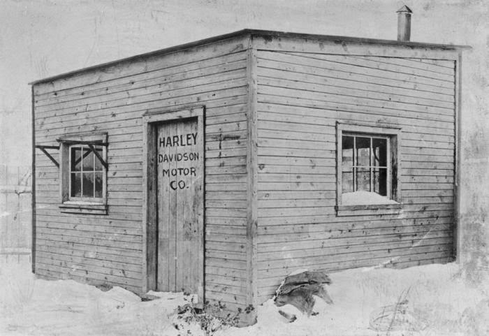 Гигантские корпорации, которые начинались в маленьких гаражах (15 фото)