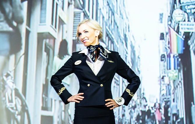 Как выбирали самую красивую стюардессу (21 фото)