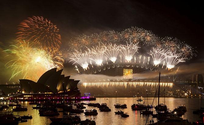 Места, где встречают Новый год первыми (14 фото)