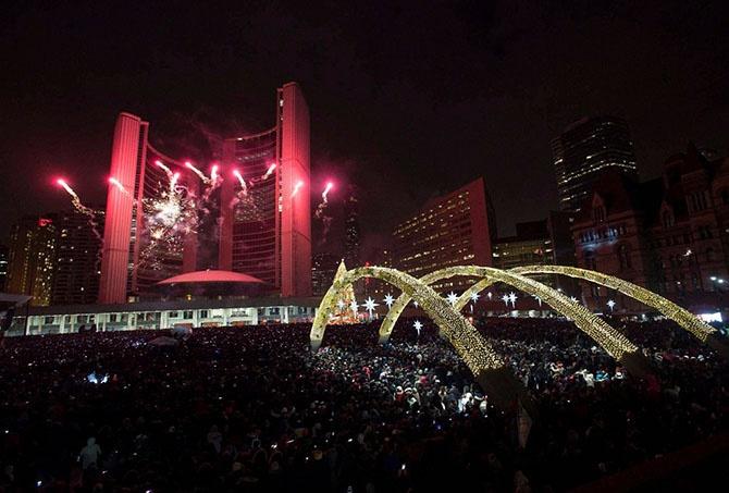 Как мир встретил Новый 2015 год (44 фото)