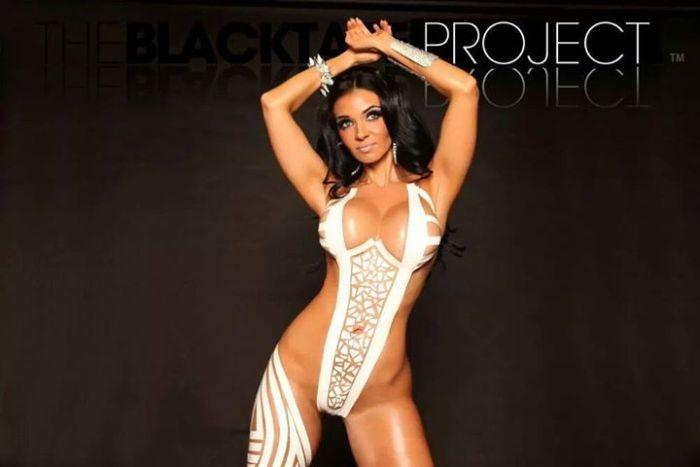 Очень смелый проект The Black Tape Project и его восхитительные участницы (46 фото)