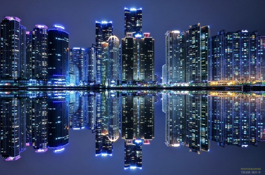 21 город, где жизнь бьёт ключом даже ночью (21 фото)