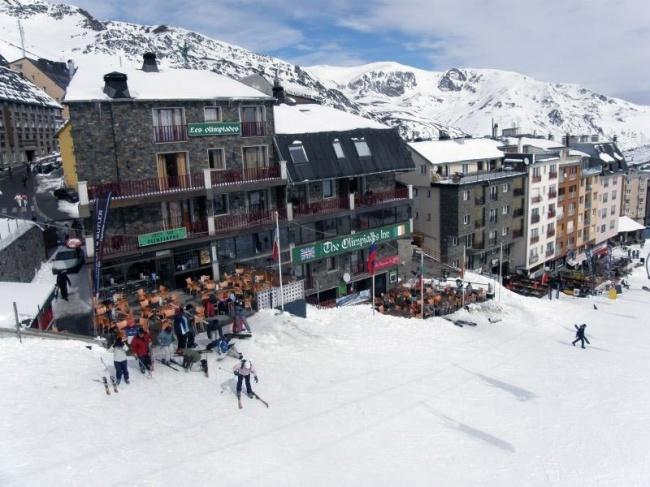 Топ-10 лучших горнолыжных курортов мира (10 фото)