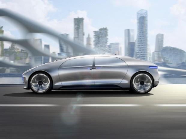 Mercedes-Benz представил концепт беспилотного автомобиля будущего (18 фото)