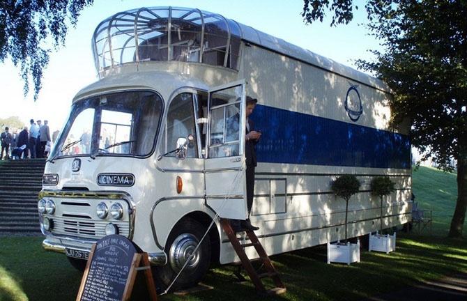 Самые забавные автобусы (11 фото)