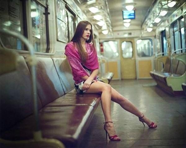 Как снять мужика в метро вплоть до брака?