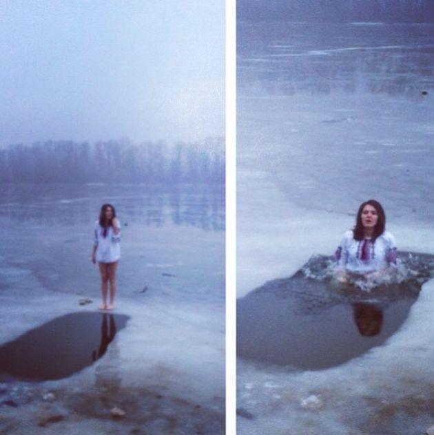 Крещение и русские девушки (43 фото)