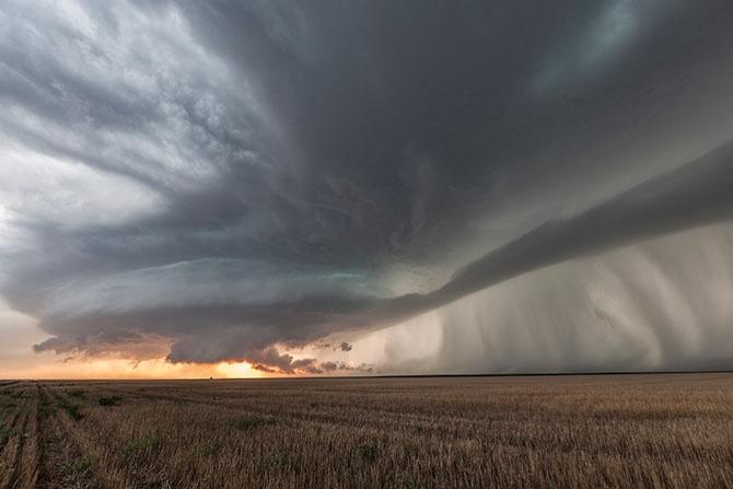 Мисливець за ураганами (23 фото)