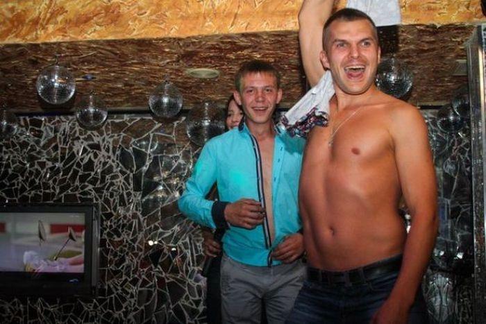 Посетители ночных клубов (35 фото)