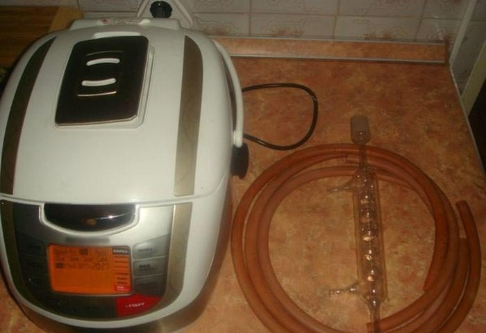 Приготовление самогона в мультиварке (3 фото)