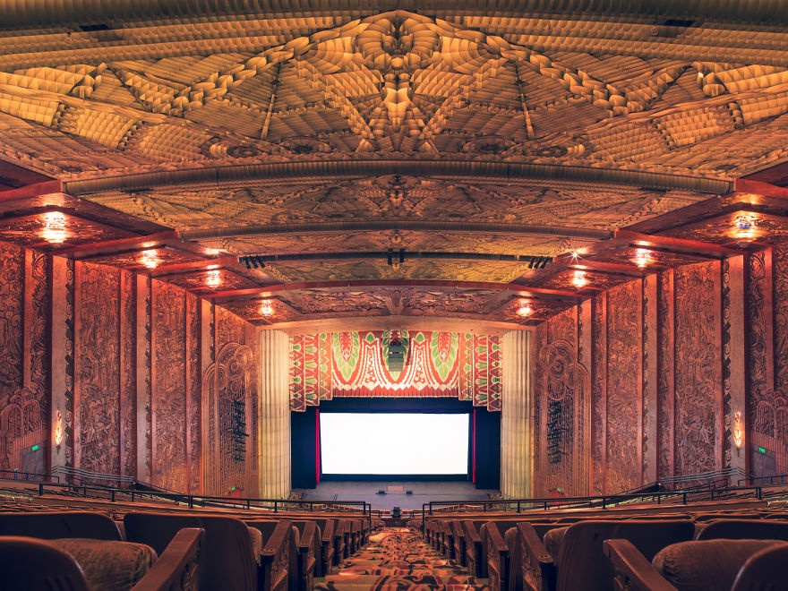 15 необычных кинотеатров