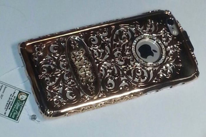 Стильный чехол для iFone 6 всего за 550 тысяч рублей (3 фото)