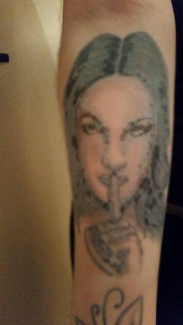 Фото плохо сделанных татуировок (43 фото)