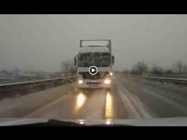 Подборка зимних заносов (11 видео)