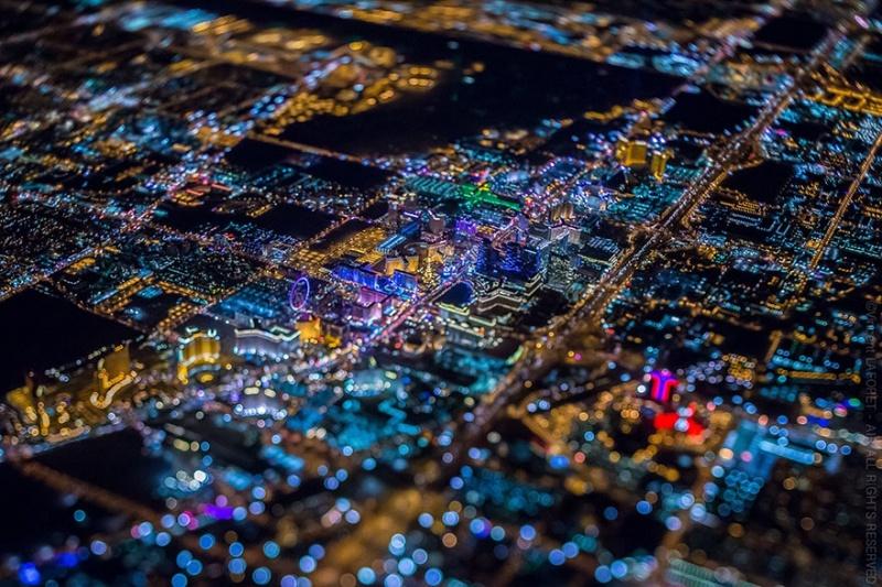 Ночной Лас-Вегас с высоты 3 тысяч метров